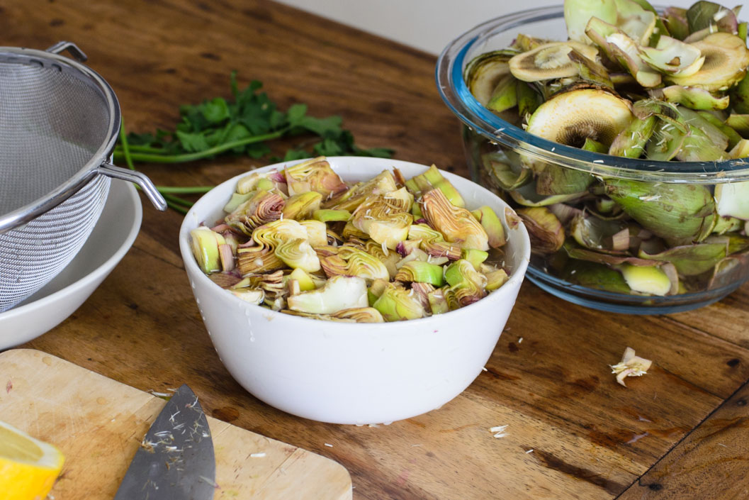Veggie spreads 3 ways: roasted pepper, artichoke and cumin beetroot