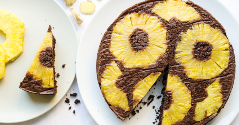 Pineapple, ginger and chocolate upside-down cake {vegan}