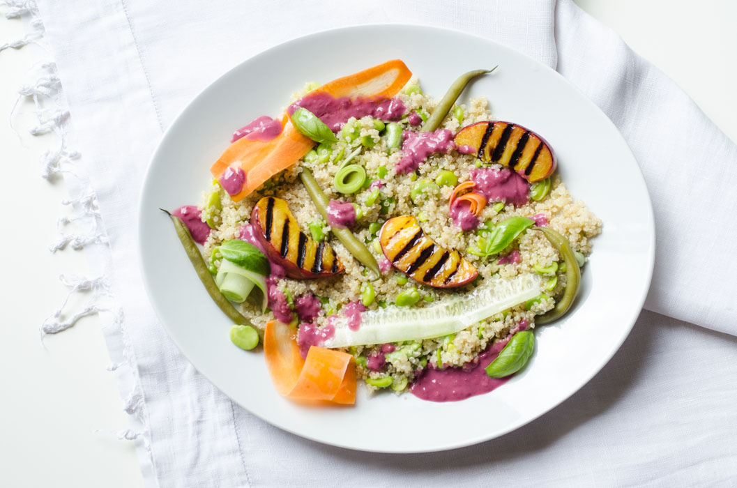 Summer salad with quinoa and grilled peaches