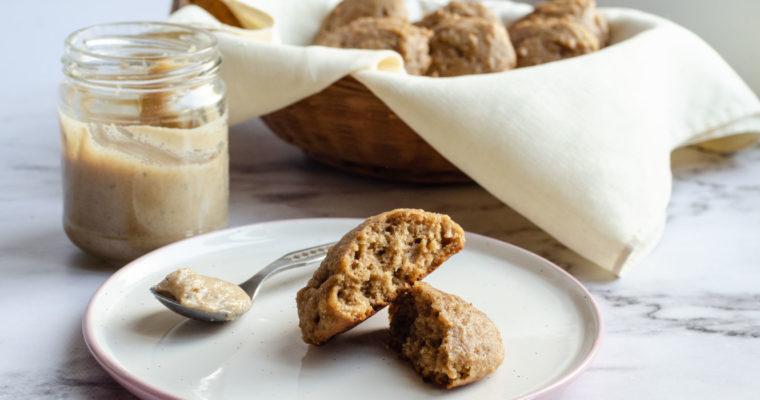 Soft almond butter spelt cookies {vegan}