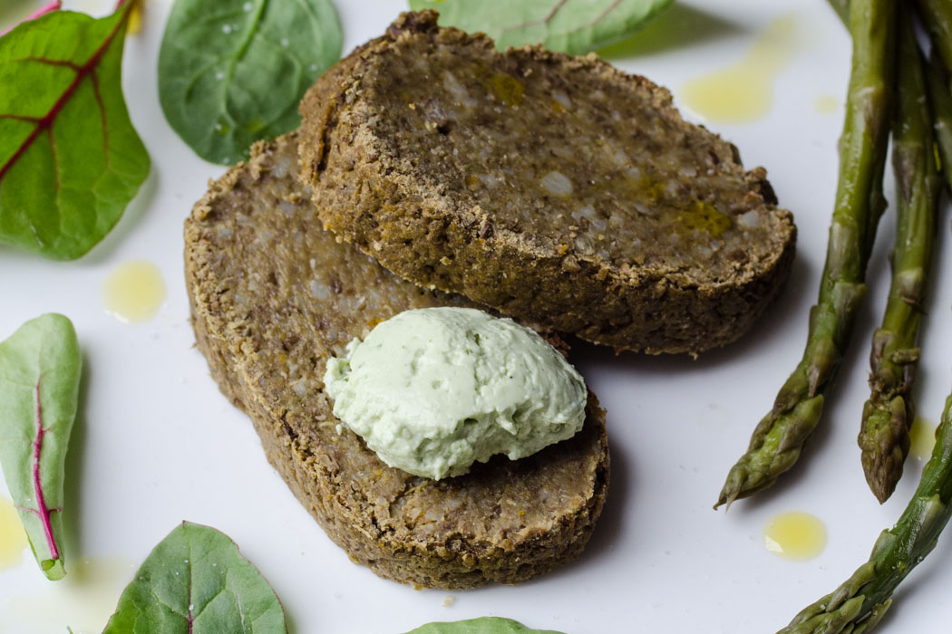Marta's Plants - Lentil & barley loaf with basil mayo {vegan}