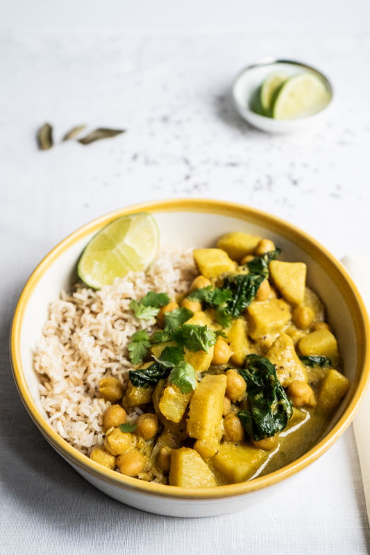 Sweet potato & chickpea curry {vegan} - Marta's Plants