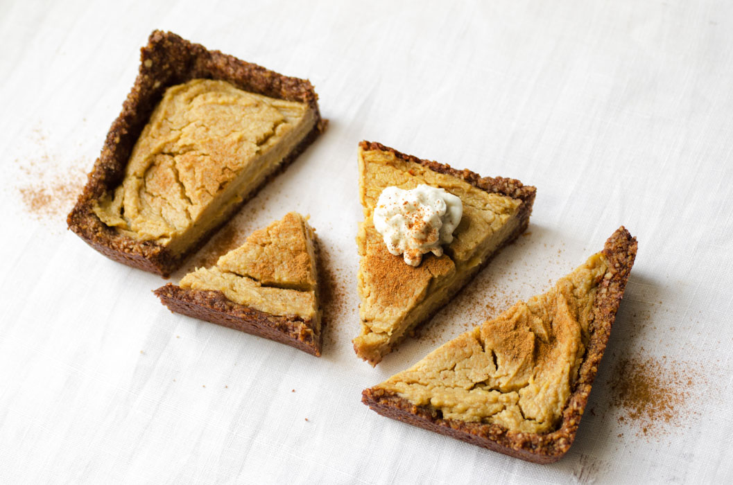 Sweet potato pie with coconut whipped cream {vegan} - Marta's Plants