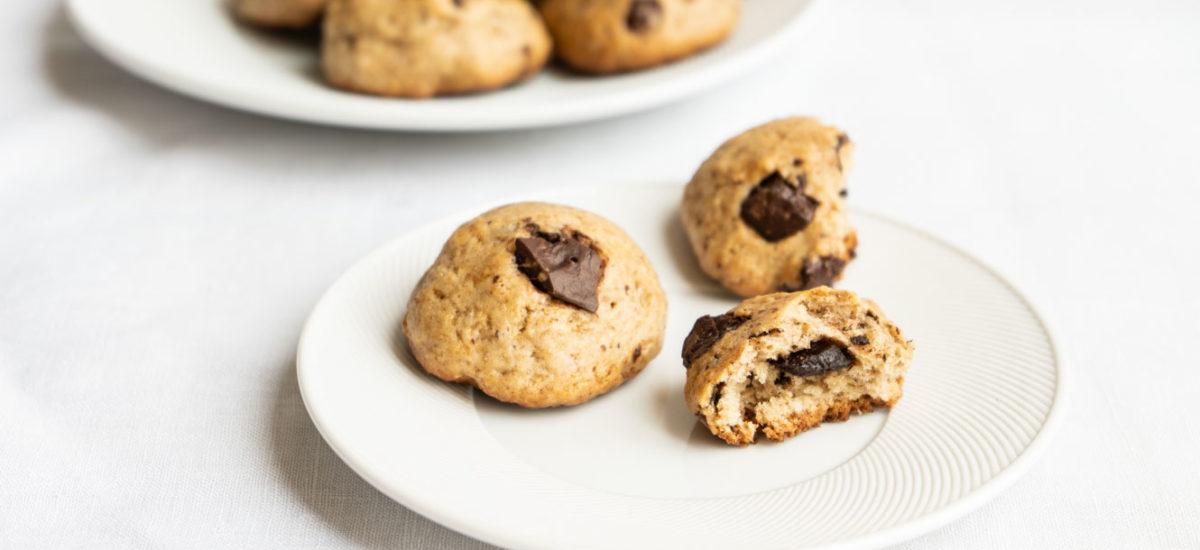 Soft chocolate chip cookies {vegan}