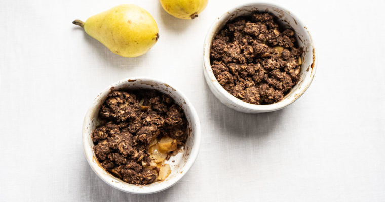 Hazelnut, cacao and pear crumble {vegan + gluten free}