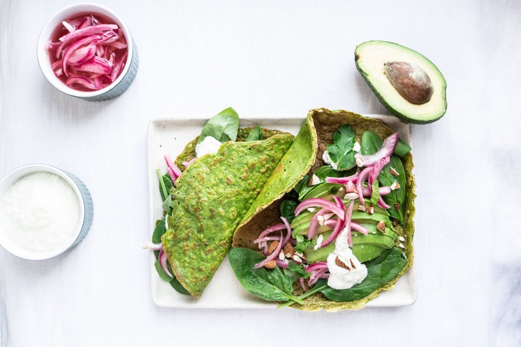 Green crêpes w/ avocado, pickled onion and tzatziki {vegan + gluten free} - Marta's Plants