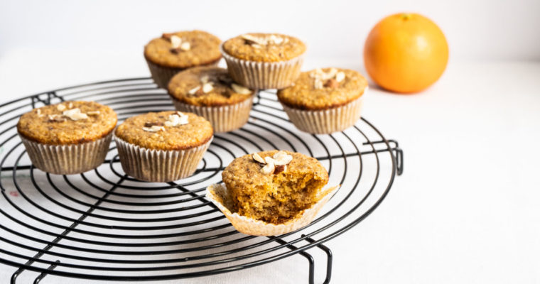 Hazelnut, orange and carrot mini cakes {vegan}