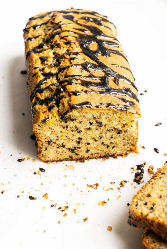 Citrus and black sesame pound cake {vegan} - Marta's Plants